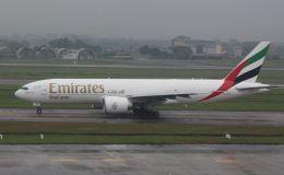 Rsaさんが、ノイバイ国際空港で撮影したエミレーツ航空 777-F1Hの航空フォト(飛行機 写真・画像)
