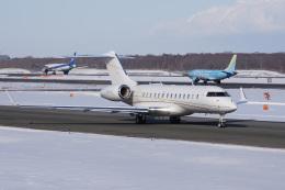 神宮寺ももさんが、新千歳空港で撮影したアメリカ個人所有 BD-700-1A11 Global 5000の航空フォト(飛行機 写真・画像)