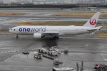 mich_stoneさんが、羽田空港で撮影した日本航空 777-246の航空フォト(飛行機 写真・画像)