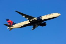 メンチカツさんが、成田国際空港で撮影したデルタ航空 777-232/LRの航空フォト(飛行機 写真・画像)