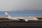 KAZFLYERさんが、羽田空港で撮影した日本航空 777-246の航空フォト(飛行機 写真・画像)