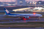 RUNWAY23.TADAさんが、羽田空港で撮影した全日空 777-281の航空フォト(飛行機 写真・画像)