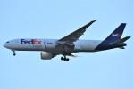 鉄バスさんが、成田国際空港で撮影したフェデックス・エクスプレス 777-FS2の航空フォト(飛行機 写真・画像)