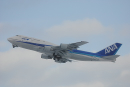 LEGACY-747さんが、新千歳空港で撮影した全日空 747-481(D)の航空フォト(飛行機 写真・画像)