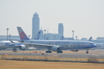 LEGACY-747さんが、成田国際空港で撮影したチャイナエアライン A330-302の航空フォト(飛行機 写真・画像)