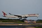 チョロ太さんが、成田国際空港で撮影したカタール航空 A350-1041の航空フォト(飛行機 写真・画像)