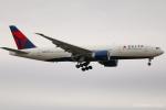 RUNWAY23.TADAさんが、成田国際空港で撮影したデルタ航空 777-232/LRの航空フォト(飛行機 写真・画像)