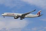 ★azusa★さんが、シンガポール・チャンギ国際空港で撮影したカタール航空 A350-1041の航空フォト(飛行機 写真・画像)