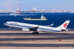 RUNWAY23.TADAさんが、羽田空港で撮影した中国国際航空 A330-343Xの航空フォト(飛行機 写真・画像)