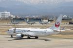 チャッピー・シミズさんが、小松空港で撮影した日本トランスオーシャン航空 737-8Q3の航空フォト(飛行機 写真・画像)
