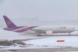 RUNWAY23.TADAさんが、新千歳空港で撮影したタイ国際航空 777-2D7の航空フォト(飛行機 写真・画像)