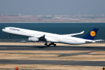 RUNWAY23.TADAさんが、羽田空港で撮影したルフトハンザドイツ航空 A340-642の航空フォト(飛行機 写真・画像)