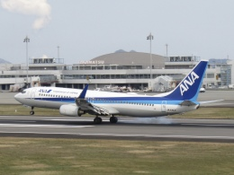 daifuku200LRさんが、高松空港で撮影した全日空 737-881の航空フォト(飛行機 写真・画像)