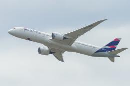 mameshibaさんが、シドニー国際空港で撮影したラタム・エアラインズ・チリ 787-9の航空フォト(飛行機 写真・画像)