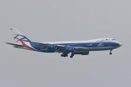 kuro2059さんが、香港国際空港で撮影したカーゴロジックエア 747-83QFの航空フォト(飛行機 写真・画像)