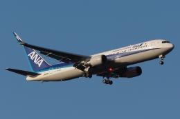 木人さんが、成田国際空港で撮影した全日空 767-381/ERの航空フォト(飛行機 写真・画像)