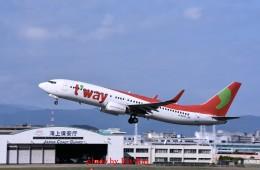 キットカットさんが、福岡空港で撮影したティーウェイ航空 737-8KGの航空フォト(飛行機 写真・画像)