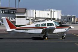 Gambardierさんが、岡山空港で撮影した日本個人所有 C23 Sundowner180の航空フォト(飛行機 写真・画像)