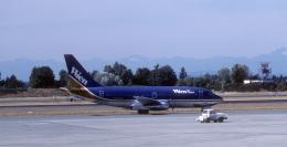 kekeさんが、シアトル タコマ国際空港で撮影したウィーン・エア・アラスカ 737-210C/Advの航空フォト(飛行機 写真・画像)