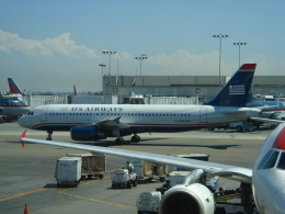 lonely-wolfさんが、ダラス・フォートワース国際空港で撮影したUSエアウェイズ A320-232の航空フォト(飛行機 写真・画像)