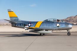 (新)ふぁんとむ改さんが、ネリス空軍基地で撮影したプレーンズ・オブ・フェイム F-86F-30の航空フォト(飛行機 写真・画像)