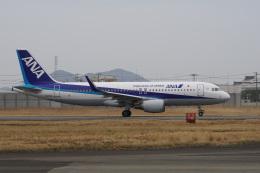 神宮寺ももさんが、徳島空港で撮影した全日空 A320-214の航空フォト(飛行機 写真・画像)