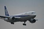 かみじょー。さんが、成田国際空港で撮影した全日空 767-381/ERの航空フォト(写真)