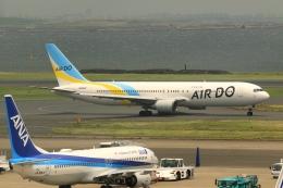 Hiro-hiroさんが、羽田空港で撮影したAIR DO 767-33A/ERの航空フォト(飛行機 写真・画像)