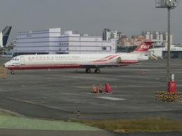 ヒロリンさんが、高雄国際空港で撮影した遠東航空 MD-83 (DC-9-83)の航空フォト(飛行機 写真・画像)