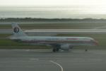 LEGACY-747さんが、那覇空港で撮影した中国東方航空 A320-214の航空フォト(飛行機 写真・画像)