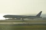 LEGACY-747さんが、那覇空港で撮影した全日空 777-381の航空フォト(飛行機 写真・画像)