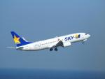 鷹71さんが、羽田空港で撮影したスカイマーク 737-8HXの航空フォト(飛行機 写真・画像)