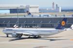 LEGACY-747さんが、羽田空港で撮影したルフトハンザドイツ航空 A340-642Xの航空フォト(飛行機 写真・画像)