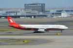 LEGACY-747さんが、羽田空港で撮影した上海航空 A330-343Xの航空フォト(飛行機 写真・画像)