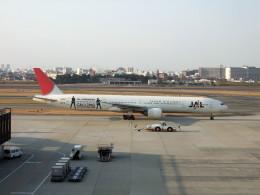 しょうせいさんが、伊丹空港で撮影した日本航空 777-346の航空フォト(飛行機 写真・画像)
