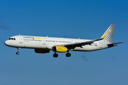 Frankspotterさんが、リスボン・ウンベルト・デルガード空港で撮影したブエリング航空 A321-231の航空フォト(飛行機 写真・画像)