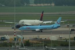 reonさんが、アムステルダム・スキポール国際空港で撮影したトゥイ・エアラインズ・ベルギー 737-8K5の航空フォト(飛行機 写真・画像)