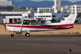 (新)ふぁんとむ改さんが、名古屋飛行場で撮影した富士航空 172P Skyhawkの航空フォト(飛行機 写真・画像)