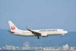 LEGACY-747さんが、関西国際空港で撮影した日本航空 737-846の航空フォト(飛行機 写真・画像)