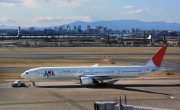 CL&CLさんが、羽田空港で撮影した日本航空 777-346の航空フォト(飛行機 写真・画像)