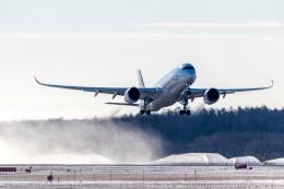 Bomb A Headさんが、新千歳空港で撮影した日本航空 A350-941の航空フォト(飛行機 写真・画像)