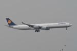 kuro2059さんが、香港国際空港で撮影したルフトハンザドイツ航空 A340-642の航空フォト(飛行機 写真・画像)