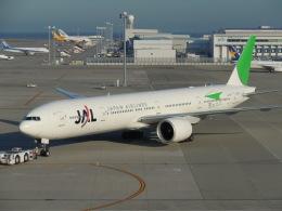 ゴンタさんが、中部国際空港で撮影した日本航空 777-346/ERの航空フォト(飛行機 写真・画像)
