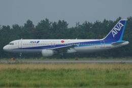 MOR1(新アカウント)さんが、小松空港で撮影した全日空 A320-211の航空フォト(飛行機 写真・画像)
