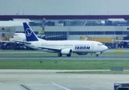 HEATHROWさんが、ロンドン・ヒースロー空港で撮影したタロム航空 737-38Jの航空フォト(飛行機 写真・画像)