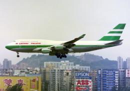 HEATHROWさんが、啓徳空港で撮影したキャセイパシフィック航空 747-467の航空フォト(飛行機 写真・画像)
