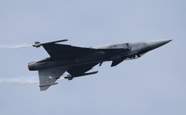 ☆ゆっきー☆さんが、シンガポール・チャンギ国際空港で撮影したタイ王国空軍 JAS39 GRIPENの航空フォト(飛行機 写真・画像)