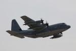 つっさんさんが、岩国空港で撮影したアメリカ海兵隊 KC-130J Herculesの航空フォト(飛行機 写真・画像)