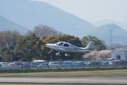 神宮寺ももさんが、高松空港で撮影した日本個人所有 SR22T GTSの航空フォト(飛行機 写真・画像)