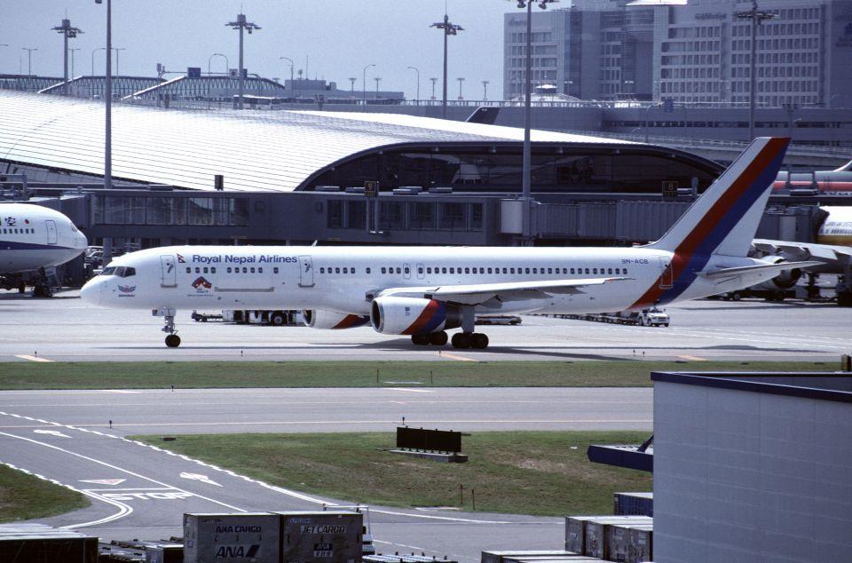 ITM58さんのロイヤル・ネパール航空 Boeing 757-200 (9N-ACB) 航空フォト